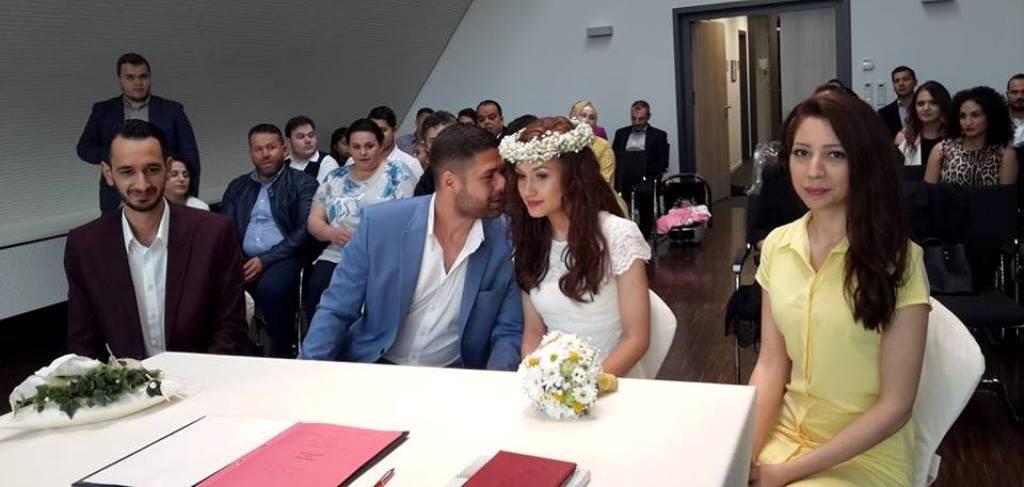 Sevde ile Samet evliliğe ilk adımı attılar: Pforzheim, Mühlacker, Bretten, Bruchsal, Karlsruhe, Rastatt, Gaggenau bölgelerinde Türkçe haber yapan tek haber sitesi