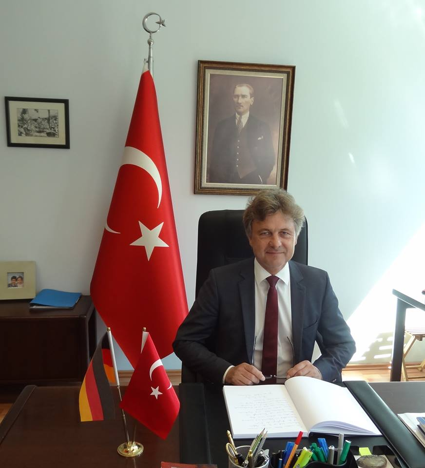 Belediye Başkanı Taziye Defterini imzaladı:Pforzheim, Mühlacker, Bretten, Bruchsal, Karlsruhe, Rastatt, Gaggenau bölgelerinde Türkçe haber yapan tek haber sitesi