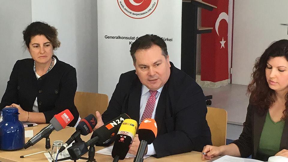 Başkonsolos Örnekol Alman medyasına basın açıklaması yaptı:Pforzheim, Mühlacker, Bretten, Bruchsal, Karlsruhe, Rastatt, Gaggenau bölgelerinde Türkçe haber yapan tek haber sitesi