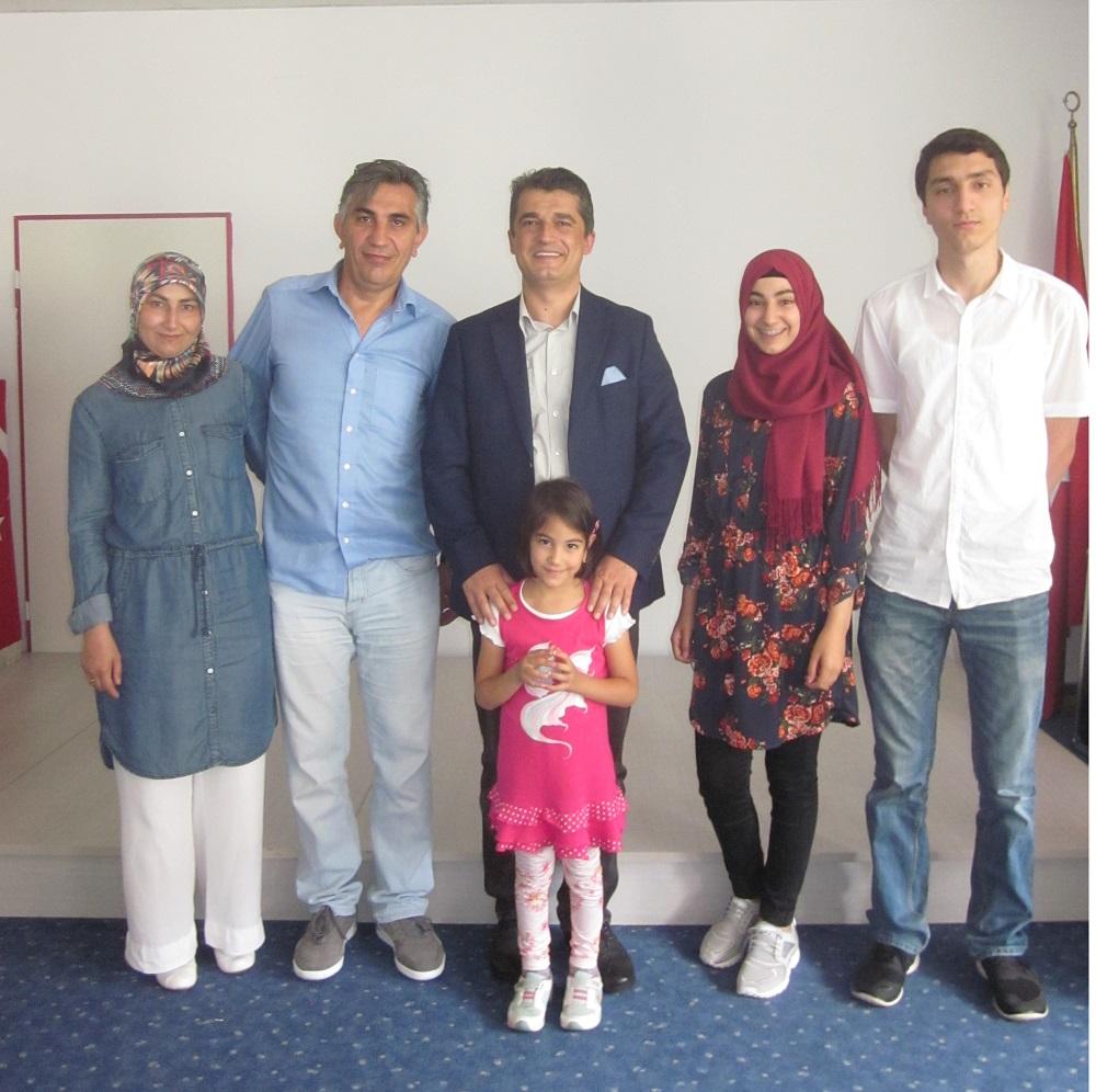 Karnesini Getirdi Türkiye Tatilini Kazandı:Pforzheim, Mühlacker, Bretten, Bruchsal, Karlsruhe, Rastatt, Gaggenau bölgelerinde Türkçe haber yapan tek haber sitesi