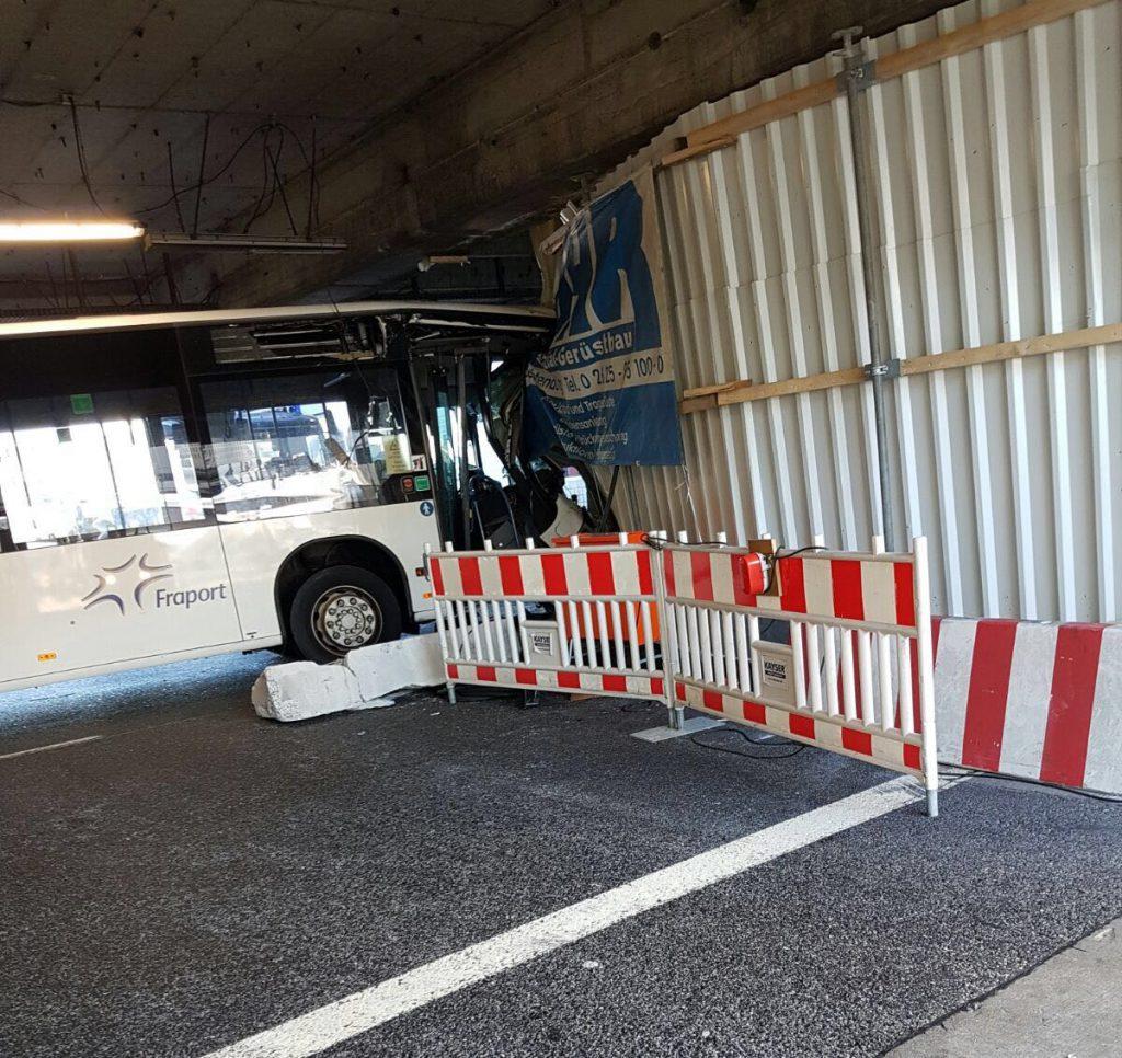 Frankfurt Havalimanı'nda kaza: Pforzheim, Mühlacker, Bretten, Bruchsal, Karlsruhe, Rastatt, Gaggenau bölgelerinde Türkçe haber yapan tek haber sitesi