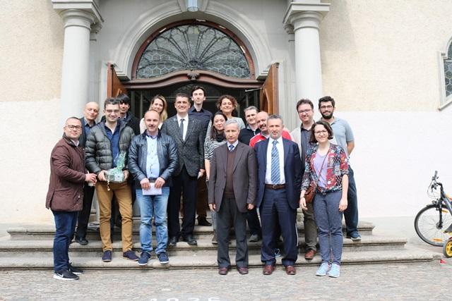 Almanya'da Türk Çocuklarının Okul Başarısı Yükseliyor:Pforzheim, Mühlacker, Bretten, Bruchsal, Karlsruhe, Rastatt, Gaggenau bölgelerinde Türkçe haber yapan tek haber sitesi
