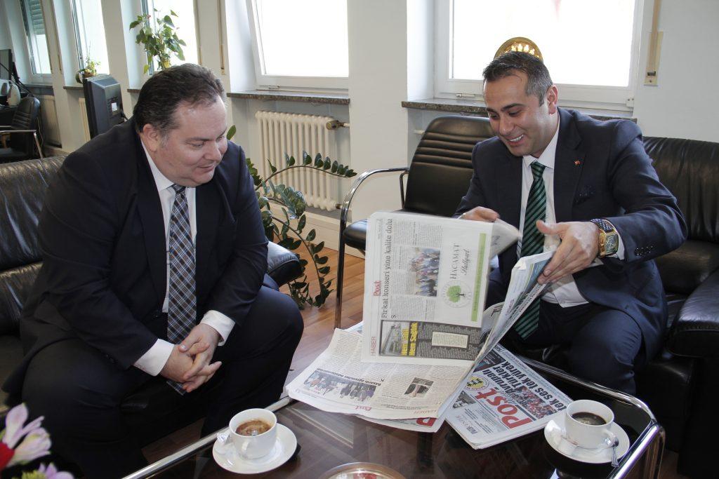Başkonsolos Post Gazetesini ağırladı: Pforzheim, Mühlacker, Bretten, Bruchsal, Karlsruhe, Rastatt, Gaggenau bölgelerinde Türkçe haber yapan tek haber sitesi