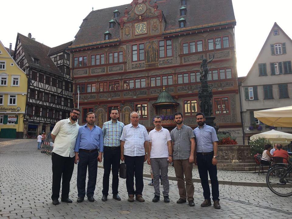 Arı  Avrupa'daki Müslümanları Ziyaret etti: Pforzheim, Mühlacker, Bretten, Bruchsal, Karlsruhe, Rastatt, Gaggenau bölgelerinde Türkçe haber yapan tek haber sitesi