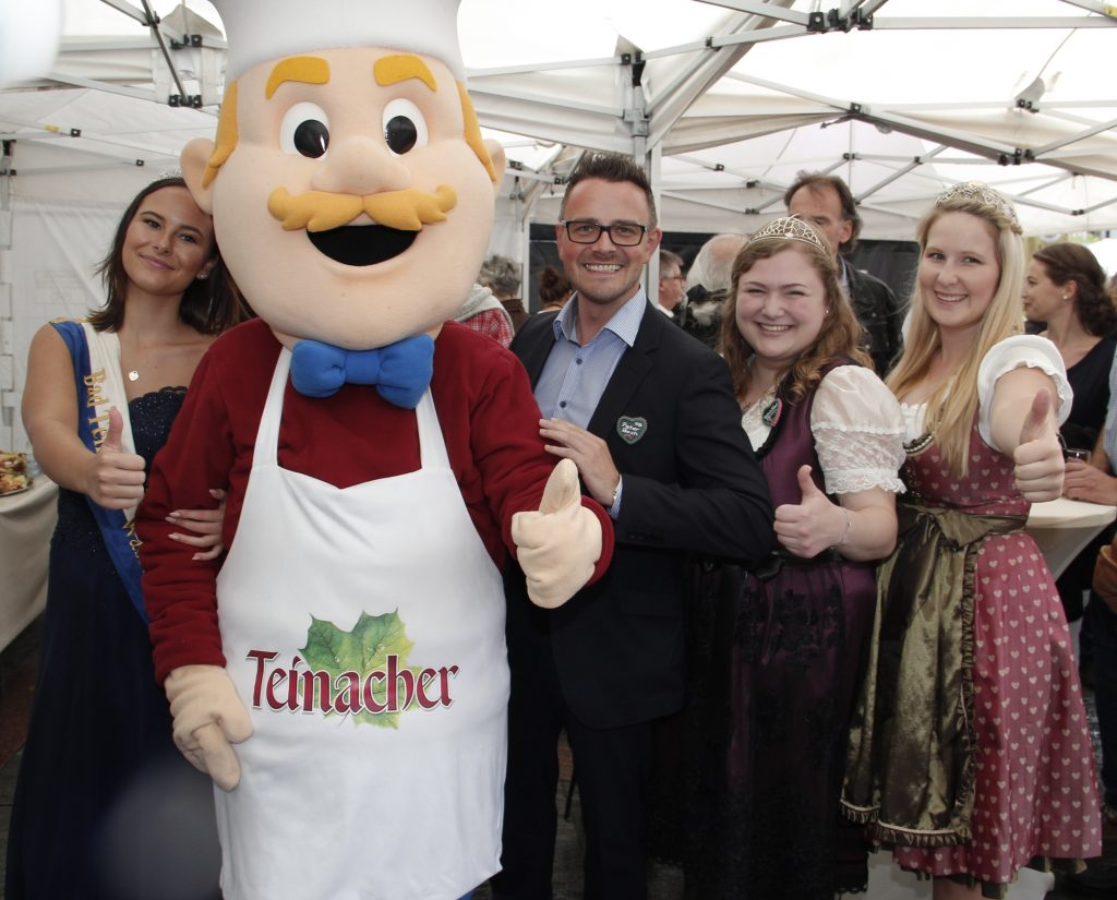 Festival 32. Yaşında: Pforzheim, Mühlacker, Bretten, Bruchsal, Karlsruhe, Rastatt, Gaggenau bölgelerinde Türkçe haber yapan tek haber sitesi