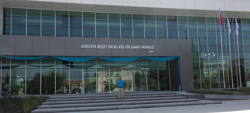 Neşet Ertaş'ın ismi kültür merkezinde yaşayacak: Pforzheim, Mühlacker, Bretten, Bruchsal, Karlsruhe, Rastatt, Gaggenau bölgelerinde Türkçe haber yapan tek haber sitesi