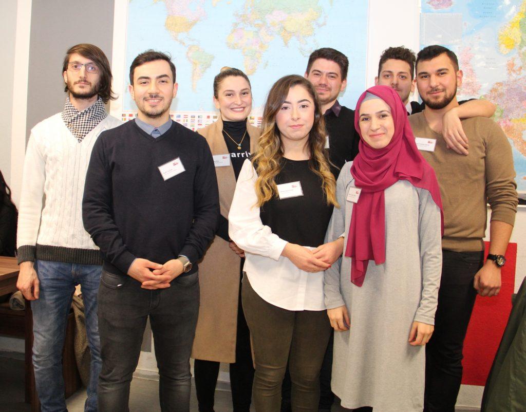 KATÖD'de yıln ilk çay akşamı:Pforzheim, Mühlacker, Bretten, Bruchsal, Karlsruhe, Rastatt, Gaggenau bölgelerinde Türkçe haber yapan tek haber sitesi