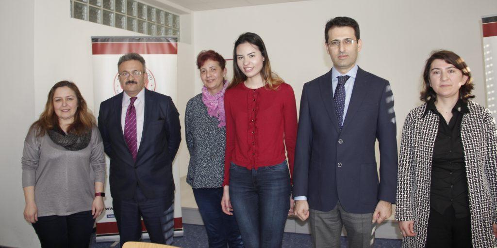Öğrenciler Ödüllendirildi:Pforzheim, Mühlacker, Bretten, Bruchsal, Karlsruhe, Rastatt, Gaggenau bölgelerinde Türkçe haber yapan tek haber sitesi