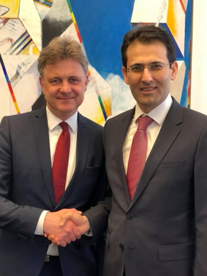 Başkonsolos Arslan Belediye Başkanı Mentrup'u ziyaret etti:Pforzheim, Mühlacker, Bretten, Bruchsal, Karlsruhe, Rastatt, Gaggenau bölgelerinde Türkçe haber yapan tek haber sitesi