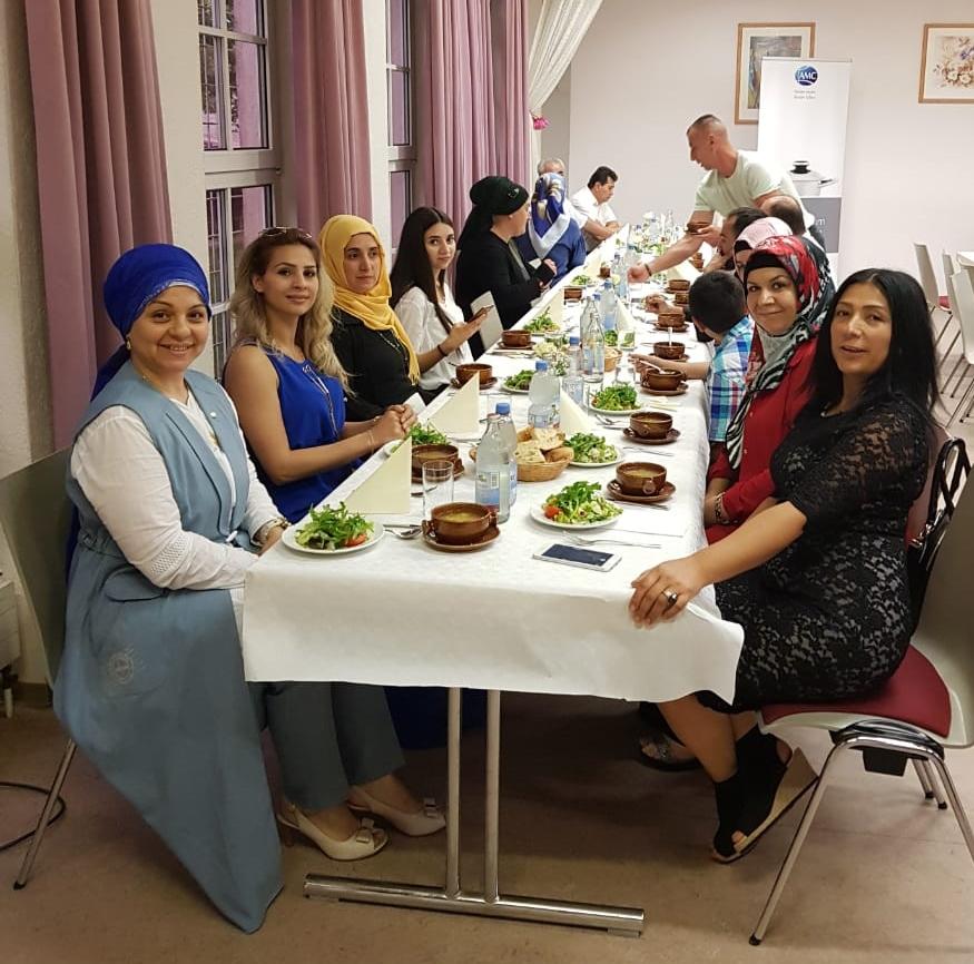AMC Çalışanları iftard buluştu:Pforzheim, Mühlacker, Bretten, Bruchsal, Karlsruhe, Rastatt, Gaggenau bölgelerinde Türkçe haber yapan tek haber sitesi