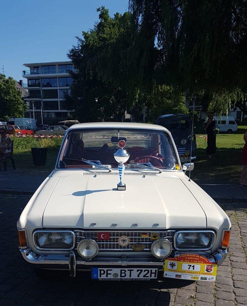 Nostaljik arabalar görücüye çıktı:Pforzheim, Mühlacker, Bretten, Bruchsal, Karlsruhe, Rastatt, Gaggenau bölgelerinde Türkçe haber yapan tek haber sitesi