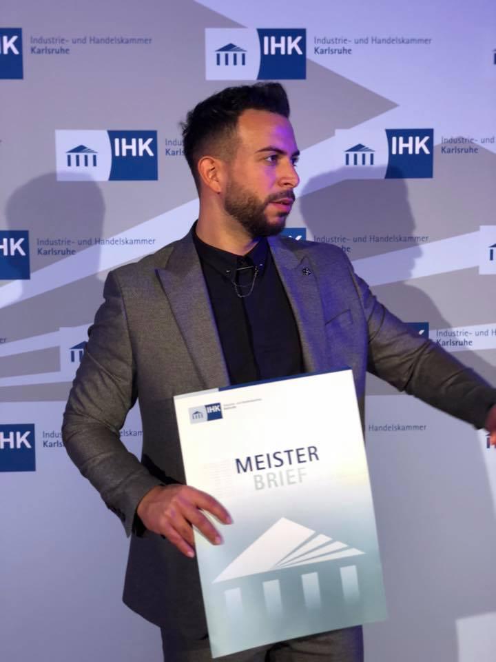 Semih Kısa Başarısı ile Onurlandırdı:Pforzheim, Mühlacker, Bretten, Bruchsal, Karlsruhe, Rastatt, Gaggenau bölgelerinde Türkçe haber yapan tek haber sitesi