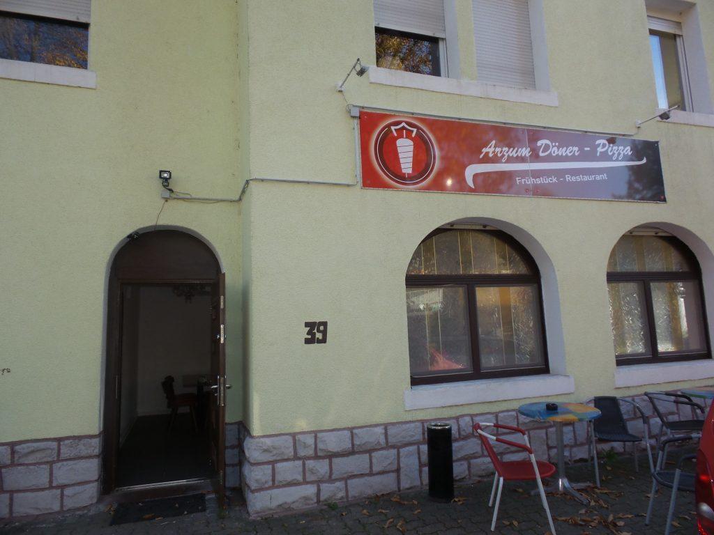Arzum Kebap 4 Yaşında:Pforzheim, Mühlacker, Bretten, Bruchsal, Karlsruhe, Rastatt, Gaggenau bölgelerinde Türkçe haber yapan tek haber sitesi