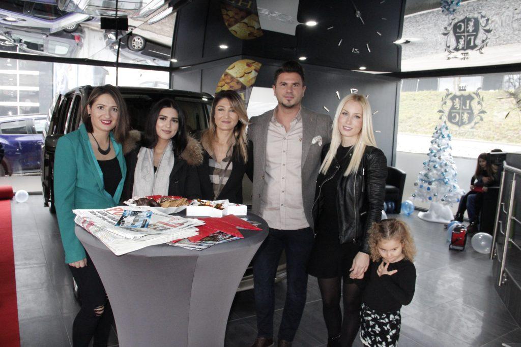 V.I.P Araçları Luxuscars'da kiralanır:Pforzheim, Mühlacker, Bretten, Bruchsal, Karlsruhe, Rastatt, Gaggenau bölgelerinde Türkçe haber yapan tek haber sitesi
