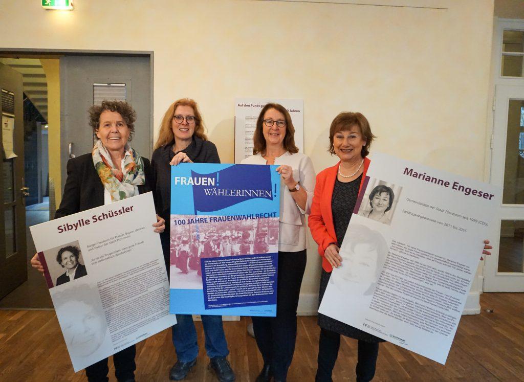 Kadın hakları sergisi açıldı:Pforzheim, Mühlacker, Bretten, Bruchsal, Karlsruhe, Rastatt, Gaggenau bölgelerinde Türkçe haber yapan tek haber sitesi