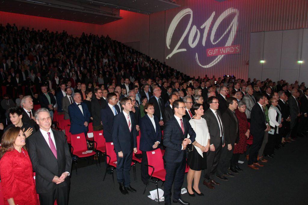 Yeni yıl Resepsyonu Türk sazı ile şenlendi:Pforzheim, Mühlacker, Bretten, Bruchsal, Karlsruhe, Rastatt, Gaggenau bölgelerinde Türkçe haber yapan tek haber sitesi