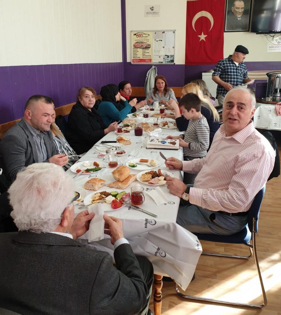 Ordulular Kahvaltı'da buluştu:Pforzheim, Mühlacker, Bretten, Bruchsal, Karlsruhe, Rastatt, Gaggenau bölgelerinde Türkçe haber yapan tek haber sitesi