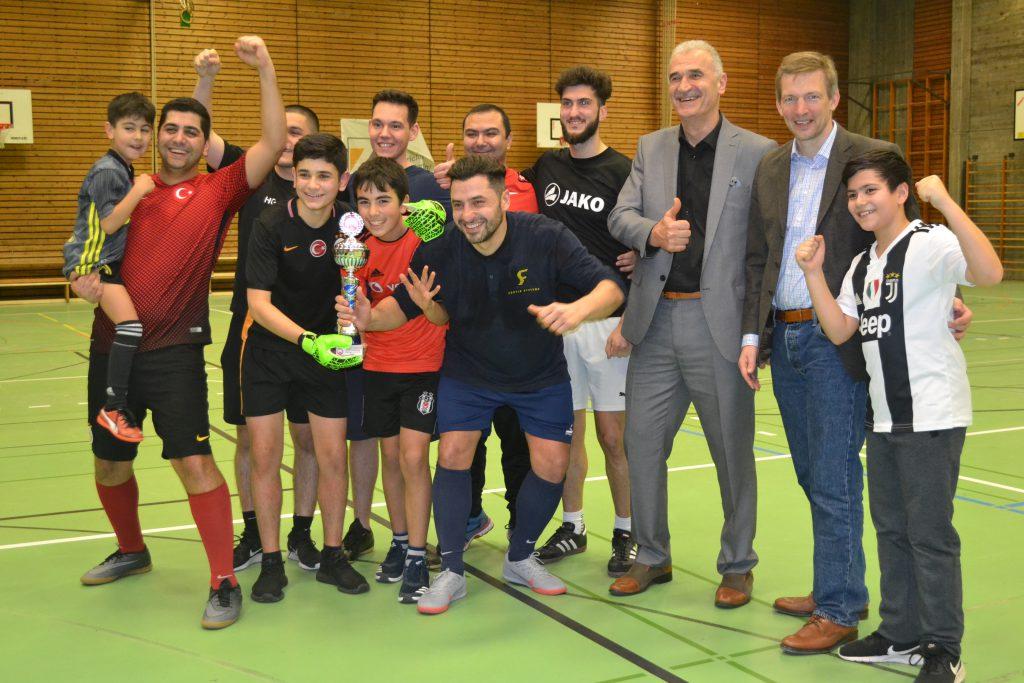 Futbol Turnuvası Kaynaştırdı:Pforzheim, Mühlacker, Bretten, Bruchsal, Karlsruhe, Rastatt, Gaggenau bölgelerinde Türkçe haber yapan tek haber sitesi