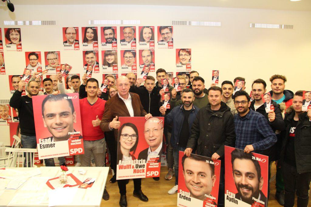 Adaylar seçime hazırlar:Pforzheim, Mühlacker, Bretten, Bruchsal, Karlsruhe, Rastatt, Gaggenau bölgelerinde Türkçe haber yapan tek haber sitesi