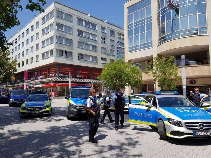Pforzheim'da  Bomba tehdidi:Pforzheim, Mühlacker, Bretten, Bruchsal, Karlsruhe, Rastatt, Gaggenau bölgelerinde Türkçe haber yapan tek haber sitesi