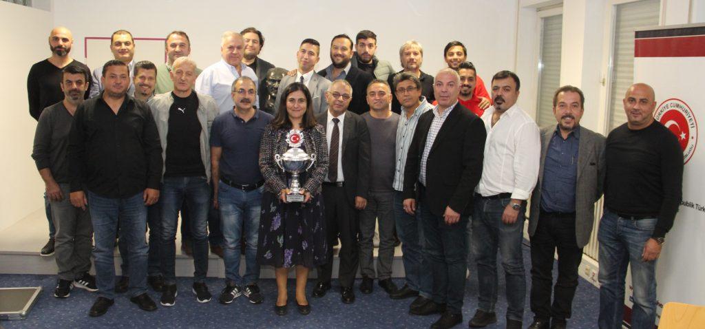 43'üncü Atatürk Kupası Kurası Çekildi:Pforzheim, Mühlacker, Bretten, Bruchsal, Karlsruhe, Rastatt, Gaggenau bölgelerinde Türkçe haber yapan tek haber sitesi