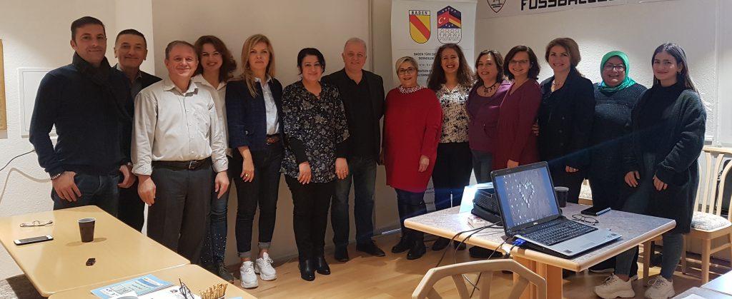 Seminerler serisi tamamlandı:Pforzheim, Mühlacker, Bretten, Bruchsal, Karlsruhe, Rastatt, Gaggenau bölgelerinde Türkçe haber yapan tek haber sitesi