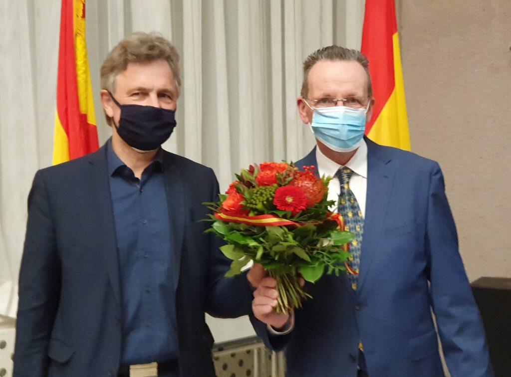 Dr. Frank Mentrup yeniden Belediye Başkanı:Pforzheim, Mühlacker, Bretten, Bruchsal, Karlsruhe, Rastatt, Gaggenau bölgelerinde Türkçe haber yapan tek haber sitesi