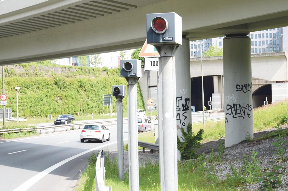 Almanya'da Geçerli Olan Yeni Trafik Cezalar ve Detayları